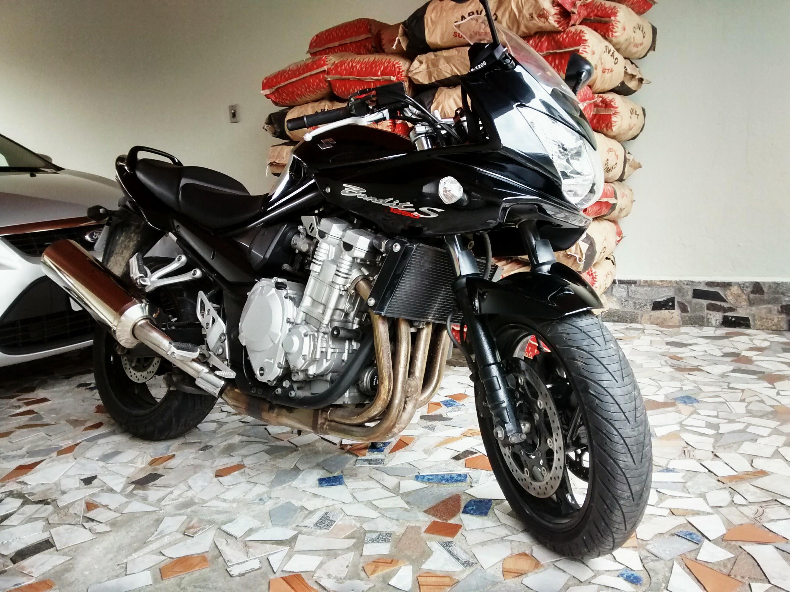 Minha moto Y6nNP0