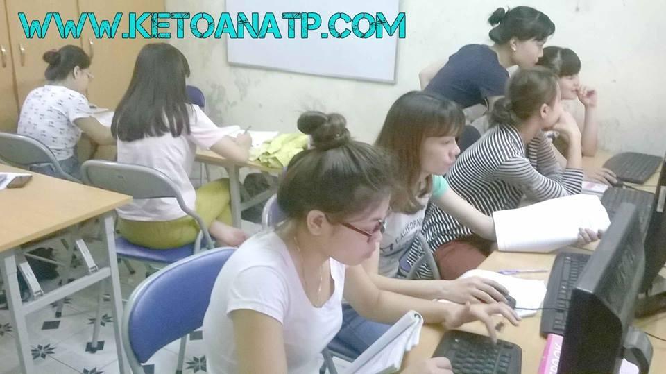 Trung tâm học kế toán tổng hợp thực tế tại Đống Đa - Hà Nội KSllQs