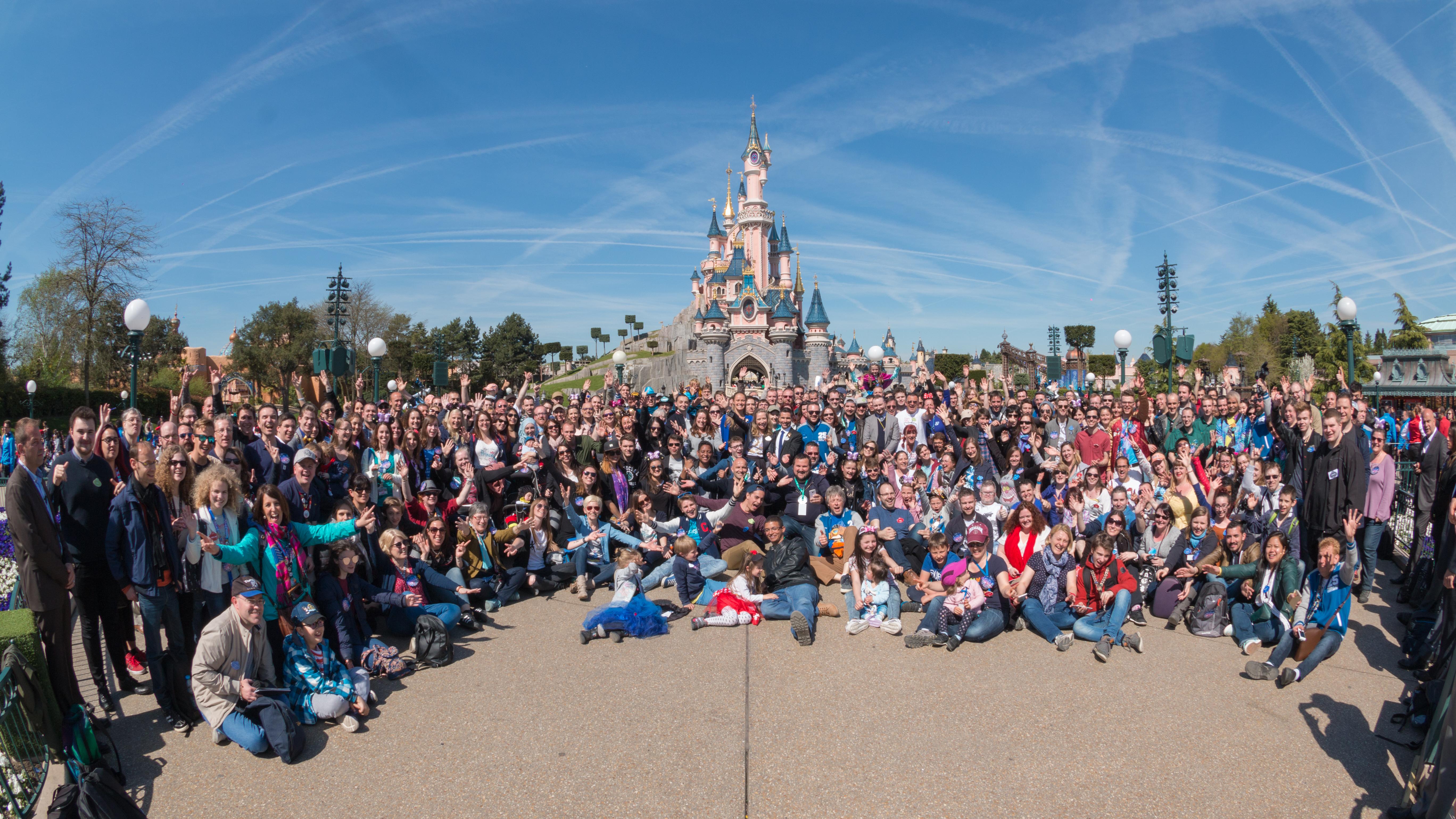 [25 ans] 12 avril 2017 à Disneyland Paris KznNn9