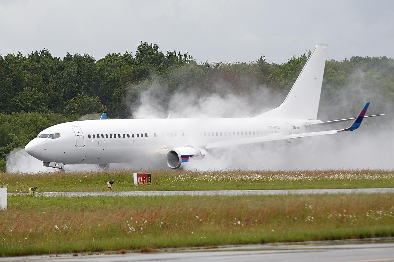 [22/05/2016] Boeing 737-800 (OM-GTE) Go2Sky JMeLfB