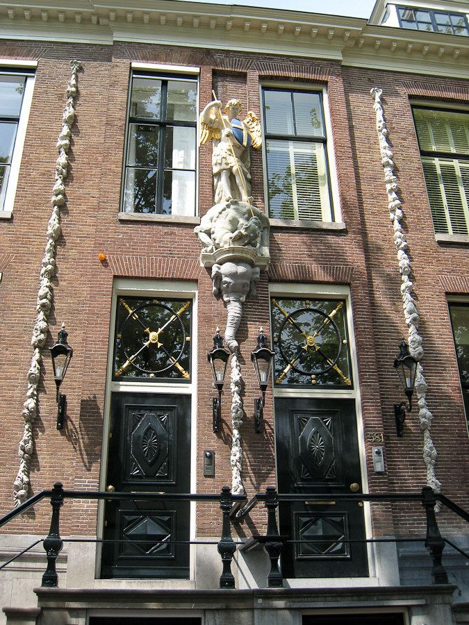 Defi  WE Amesterdam : Les portes de Saint Pierre ,,, Img534720100515850is