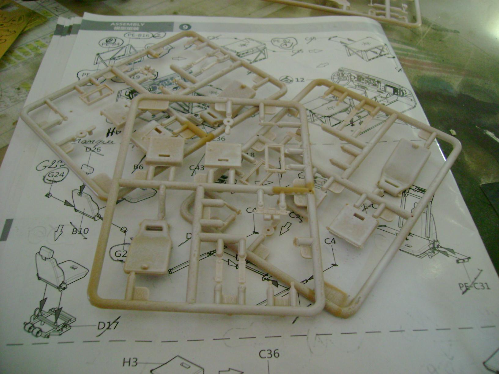M-ATV Oshkosh....Kit Panda 1/35...Projet terminer !!!!!!!!!! ENFIN !!!!!!!!! - Page 2 74538373
