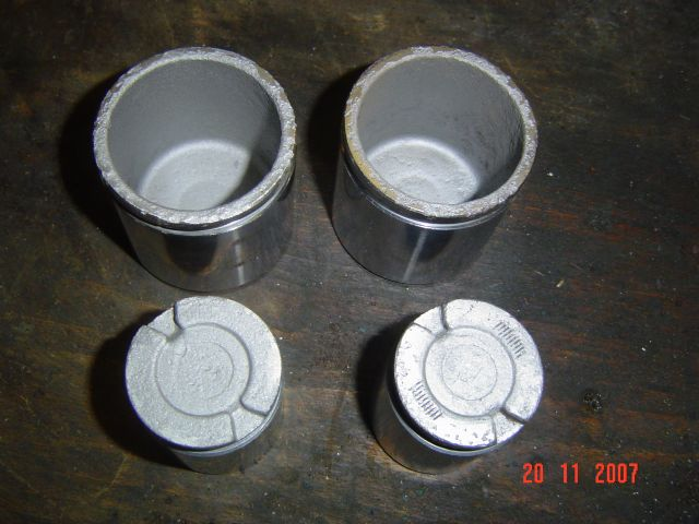 Remise en état des étriers de freins de G60 [ Par YANGRA ] Dsc01010yp2