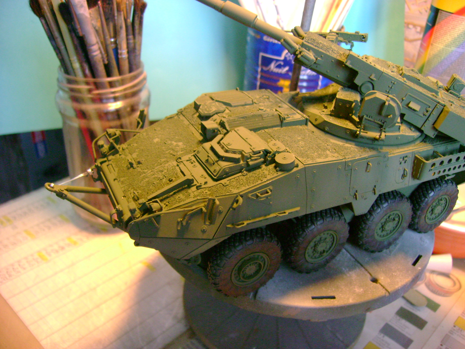 Stryker M1128 MGS ( Montage en cours ) Thunderbird - Page 2 91816733
