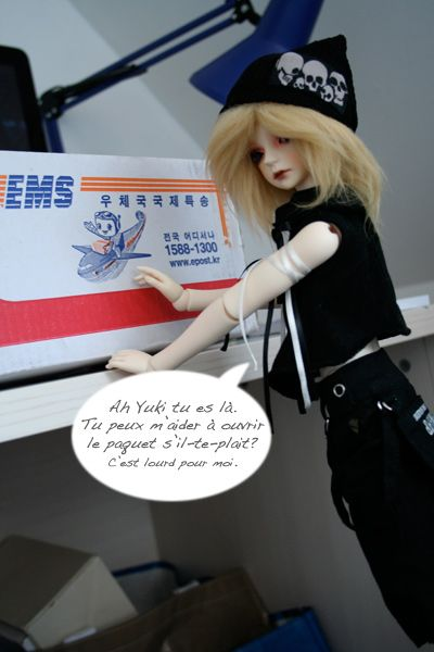 """[MD Owen/Soom Puss in Boots] """"Colocataires? p.43"""" (15/01) - Page 4 Colis04"""
