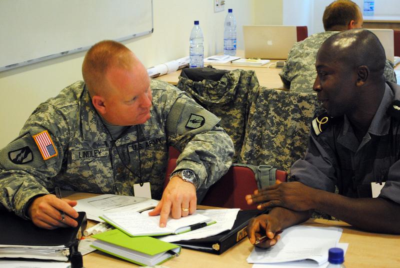Armée du Gabon - Page 2 69615624650220063280b