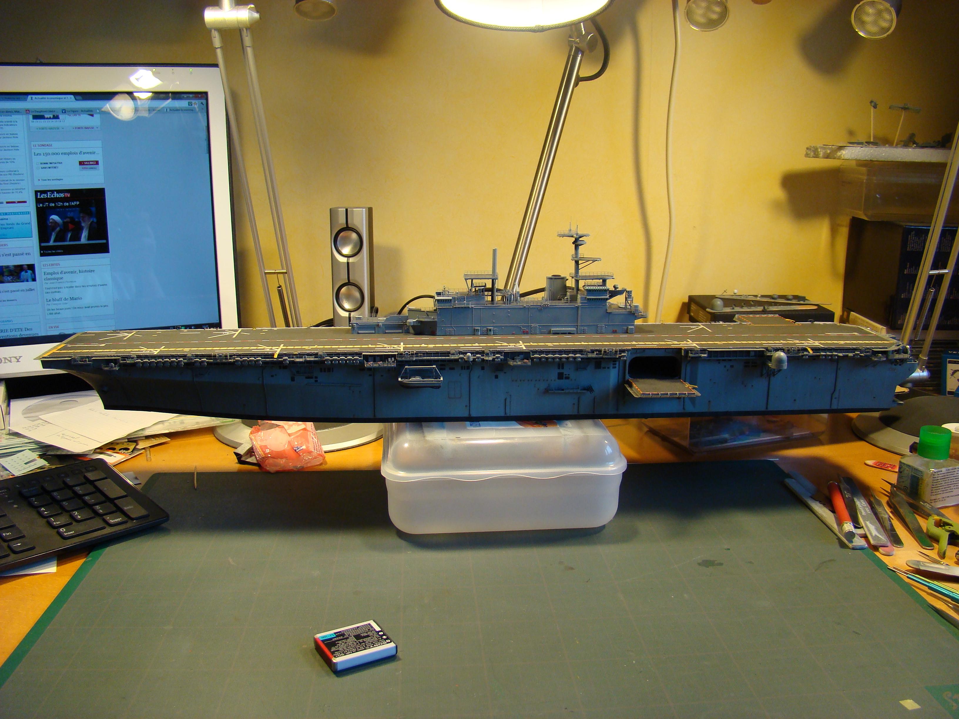 USS WASP LHD-1 au 1/350ème par nova73 - Page 7 Dsc09108h