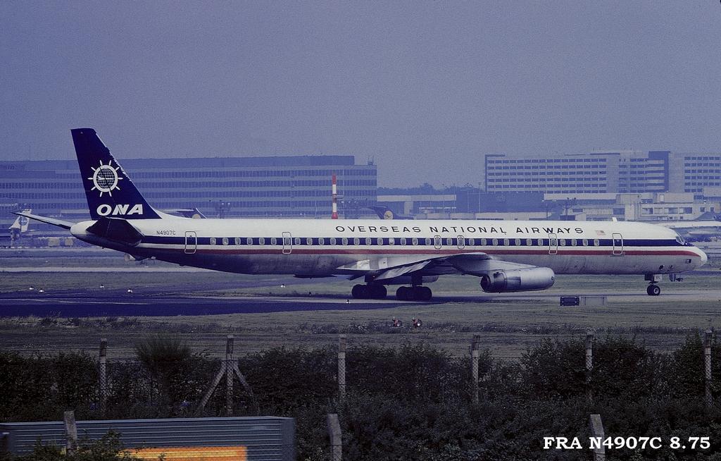 DC-8 in FRA - Page 4 Fran4907c