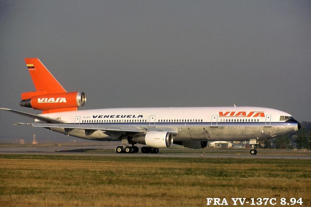 DC-10 in FRA - Page 2 Frayv137c