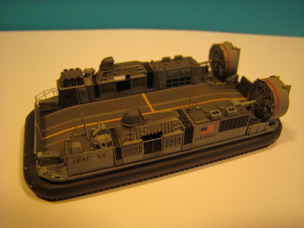 USS WASP LHD-1 au 1/350ème par nova73 - Page 6 Dsc09001z