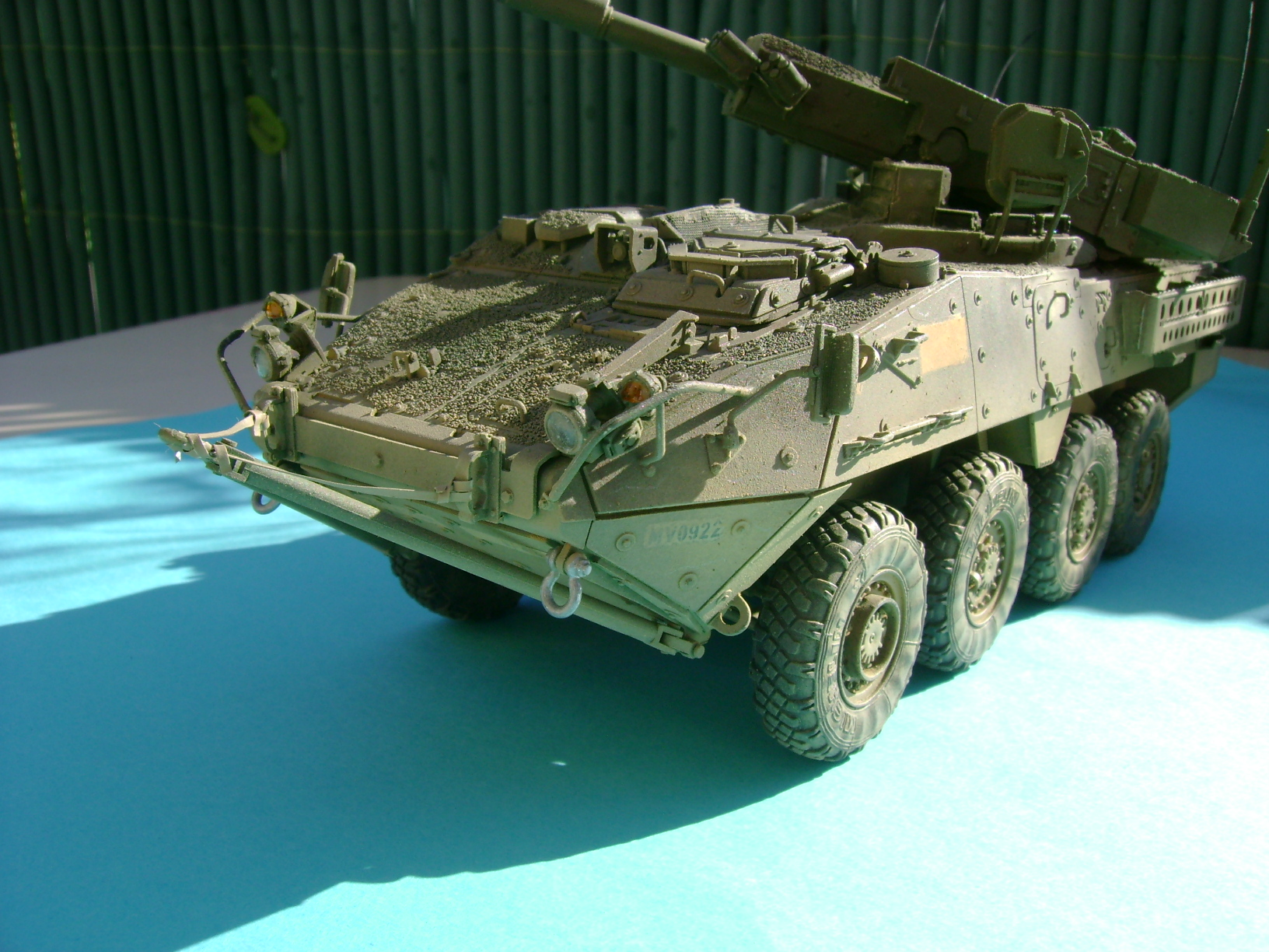 Stryker M1128 MGS ( Montage en cours ) Thunderbird - Page 2 16683764