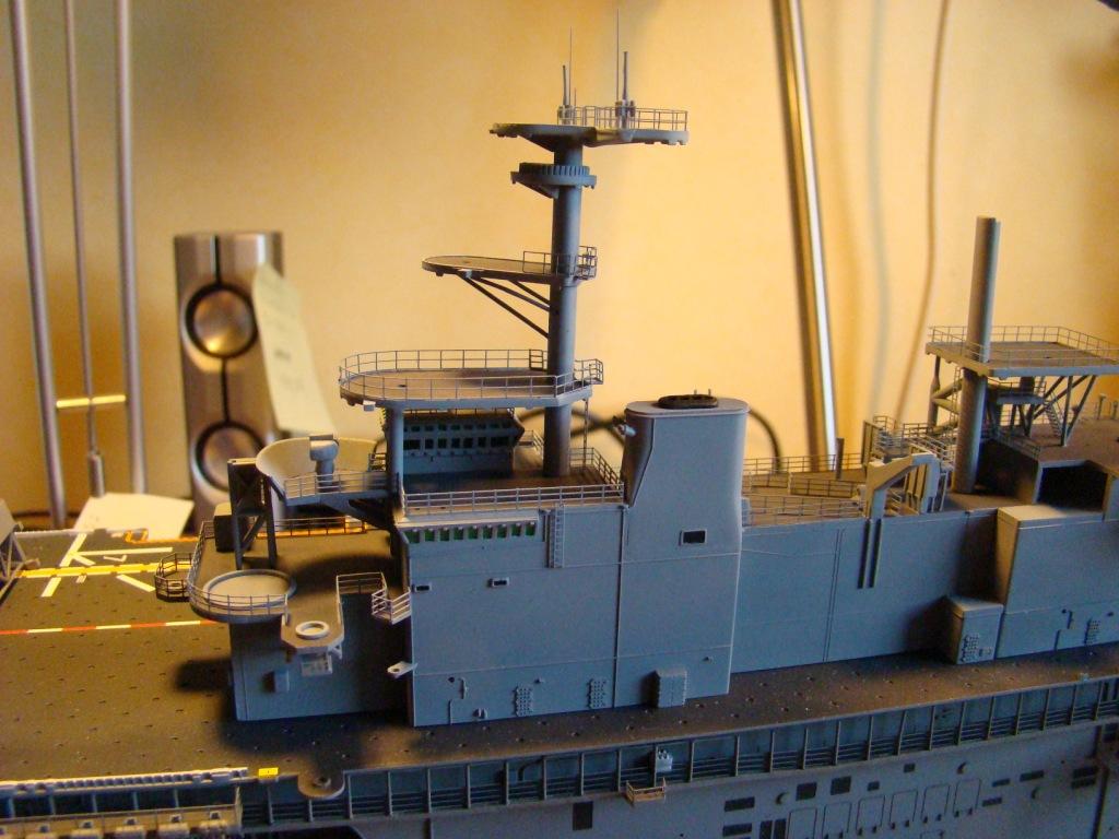 USS WASP LHD-1 au 1/350ème par nova73 - Page 6 Dsc09061l