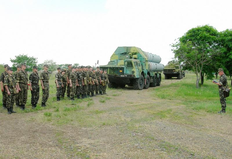 Ukrainian Armed Forces / Zbroyni Syly Ukrayiny - Page 2 20110527575325341868380