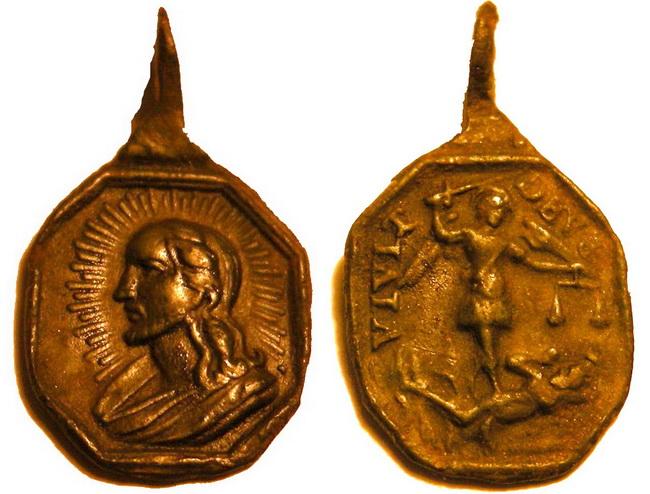Recopilación medallas con el Rostro de Cristo ( Salvator Mvndi II) 8hnq