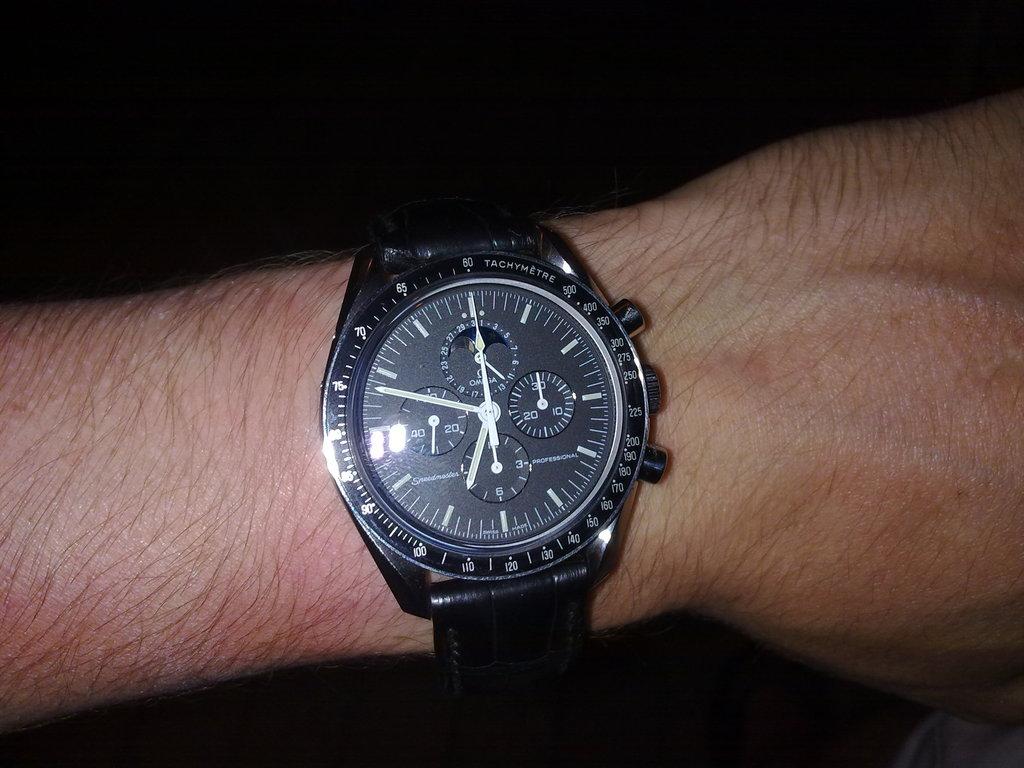 De retour de Guadeloupe, j'ai vu plein de belles choses, même des montres... 12112010779
