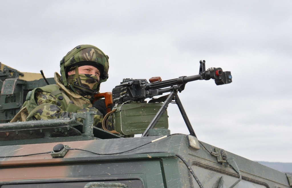 Armée Roumaine/Romanian Armed Forces/Forţele Armate Române - Page 6 88546316231624392763516