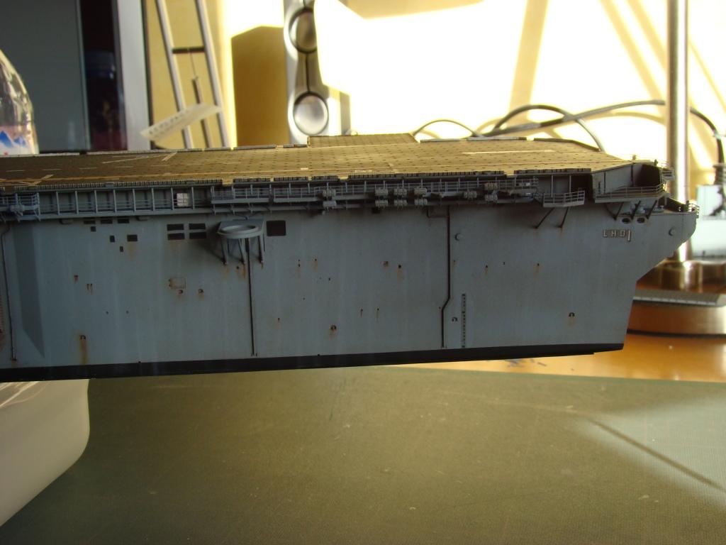USS WASP LHD-1 au 1/350ème par nova73 - Page 7 Dsc09093g