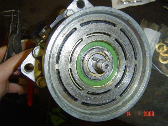 Remise en état du compresseur de clim [ Par YANGRA ] Dsc01703zd6