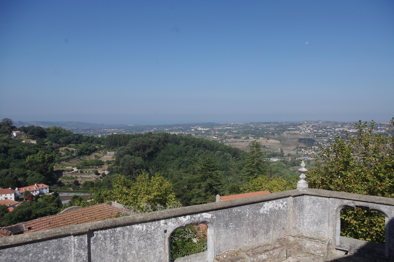 Un disque photographier au-dessus de Sintra au Portugal 26578submitterfile1imgp