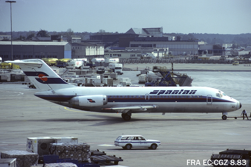 DC-9 in FRA - Page 2 5fraeccgz