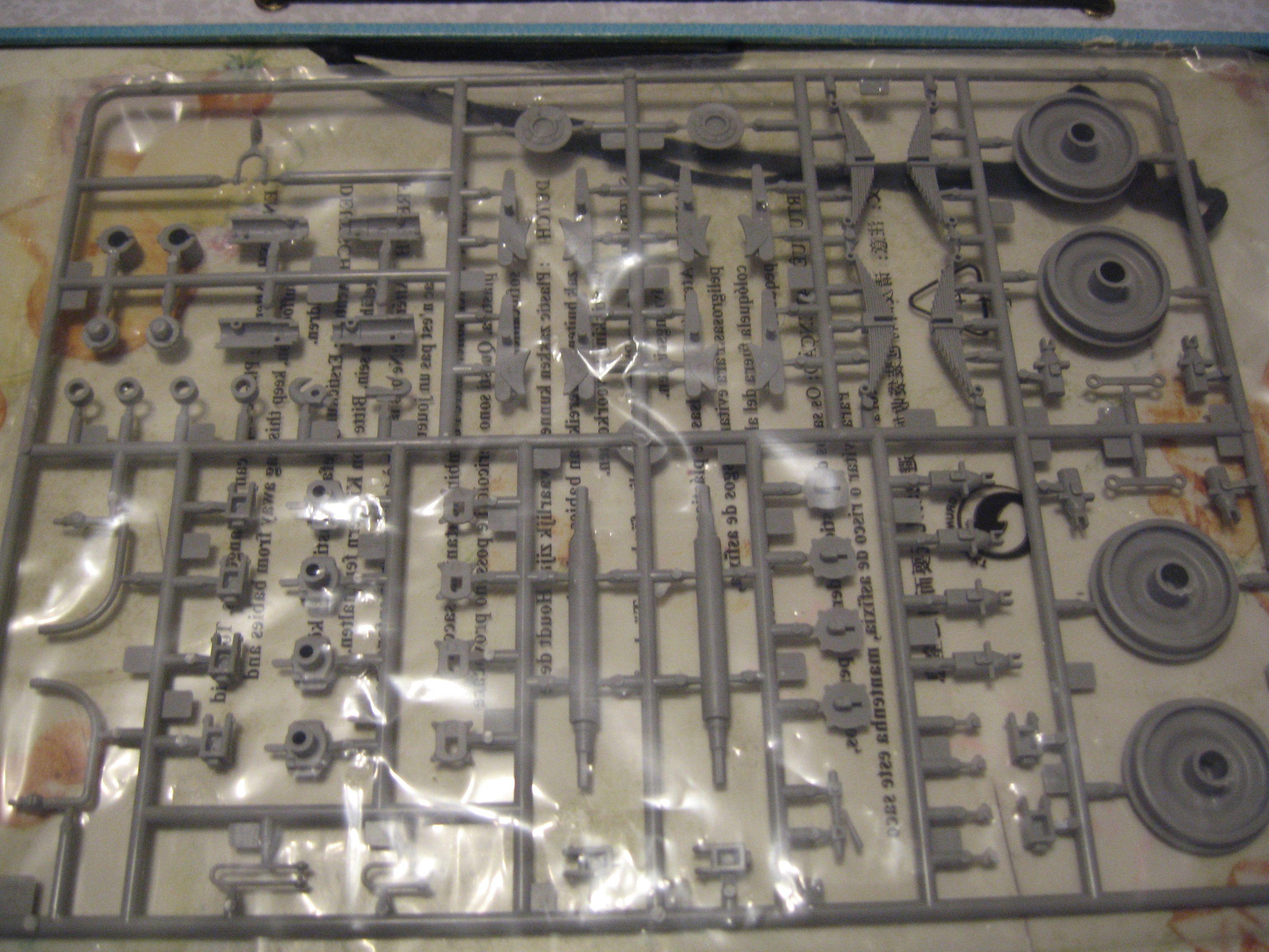 Review kit German Panzertragerwagen . 1/35 Trumpeter Img3698oq