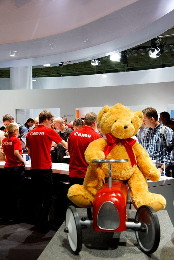Présentation de la Photokina de Cologne ce samedi 27 Septembre 2008 Img5324hp7