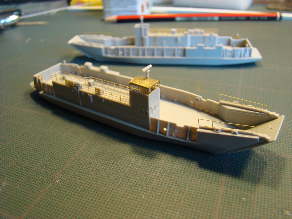 USS WASP LHD-1 au 1/350ème par nova73 - Page 5 Dsc08968f