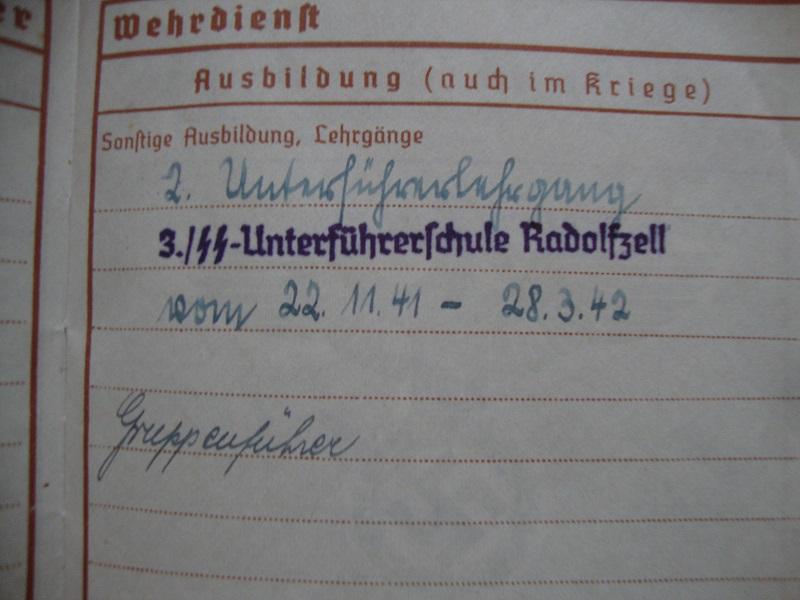 Vos livrets militaires allemands WWII (Soldbuch, Wehrpass..) / Heer-LW-KM-SS... Azy3