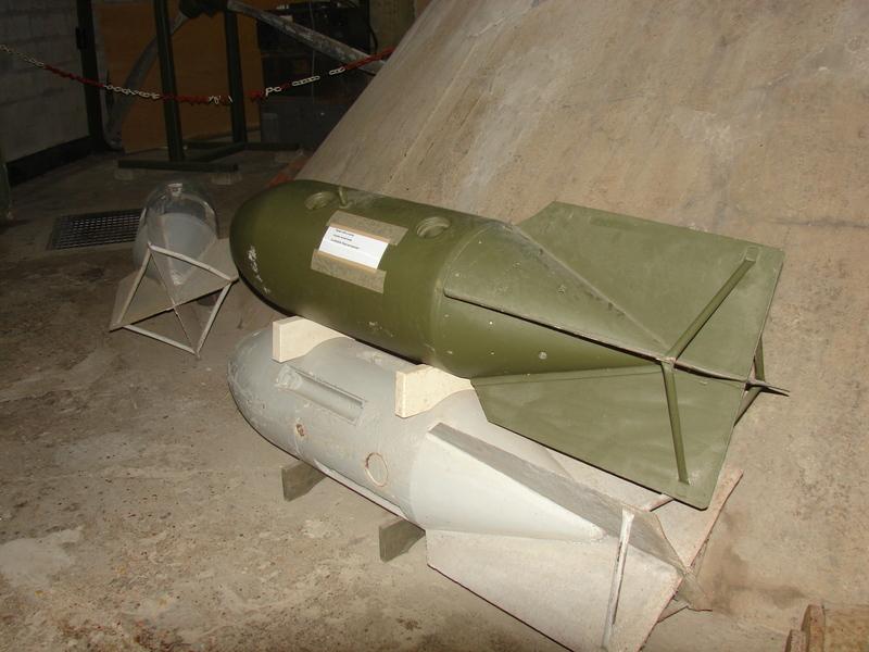 Bombe d'avion Dsc00664ew