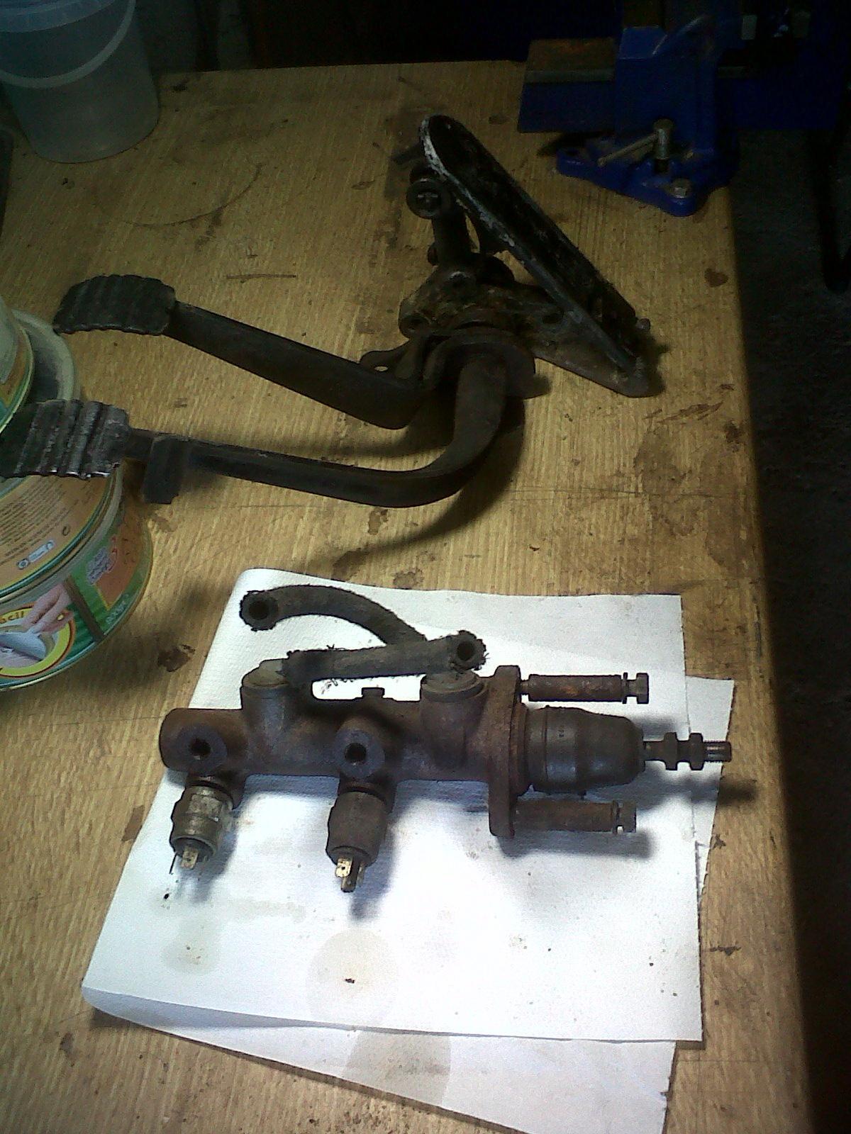"""preciso consejo.  Reparar  chasis """"con"""" o """"sin"""" carroceria... - Página 2 201201069"""