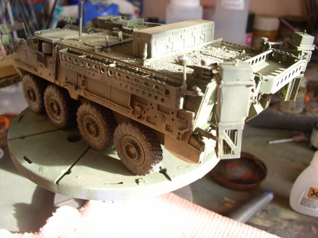 Stryker 1132 mine roller 1/35 Trumpeter Dio terminé - Page 2 77966586