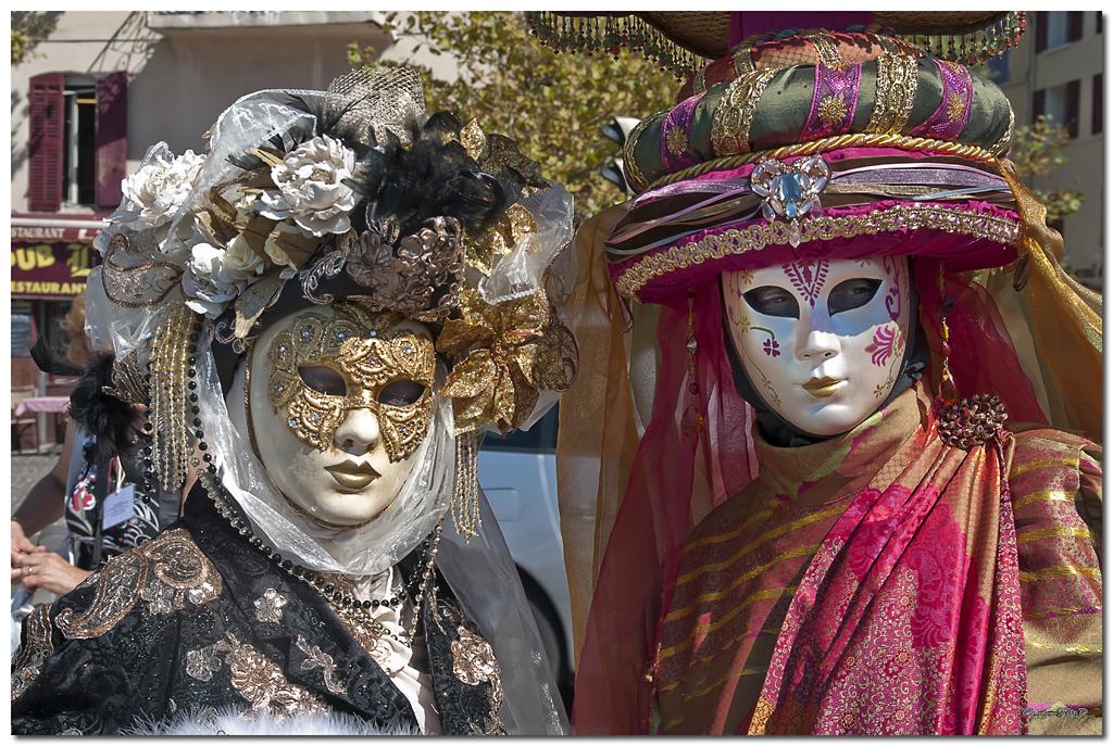 Rencontre Carnaval venitien à Martigues edition 2010  - Page 32 Jm242861024