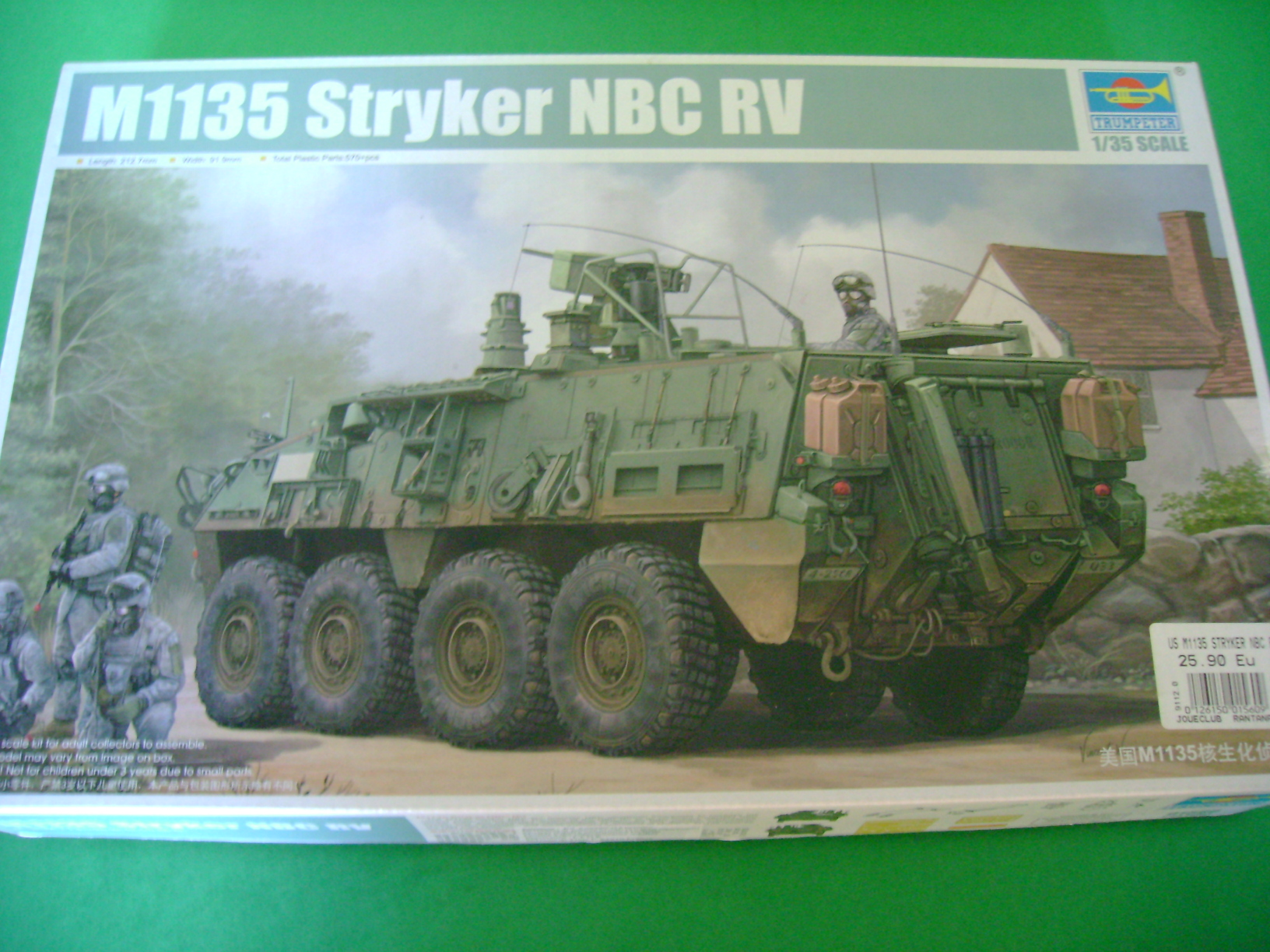 Review Kit Stryker M1135 NBC RV 1/35 Trumpeter... 10413175