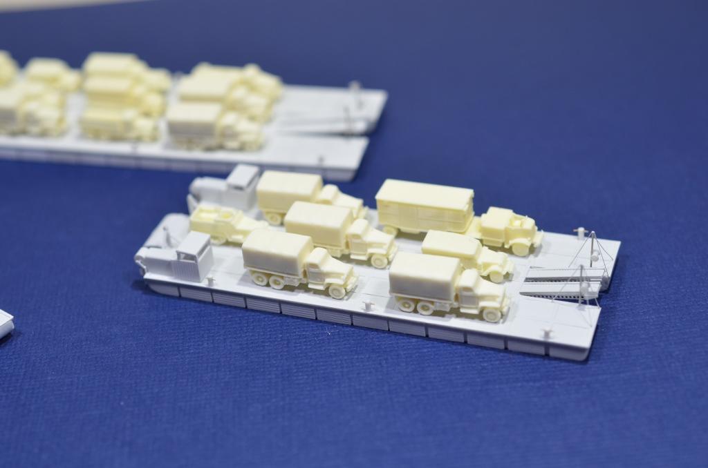 Port Artificiel MULBERRY au 1/350 - Page 3 Kx3p