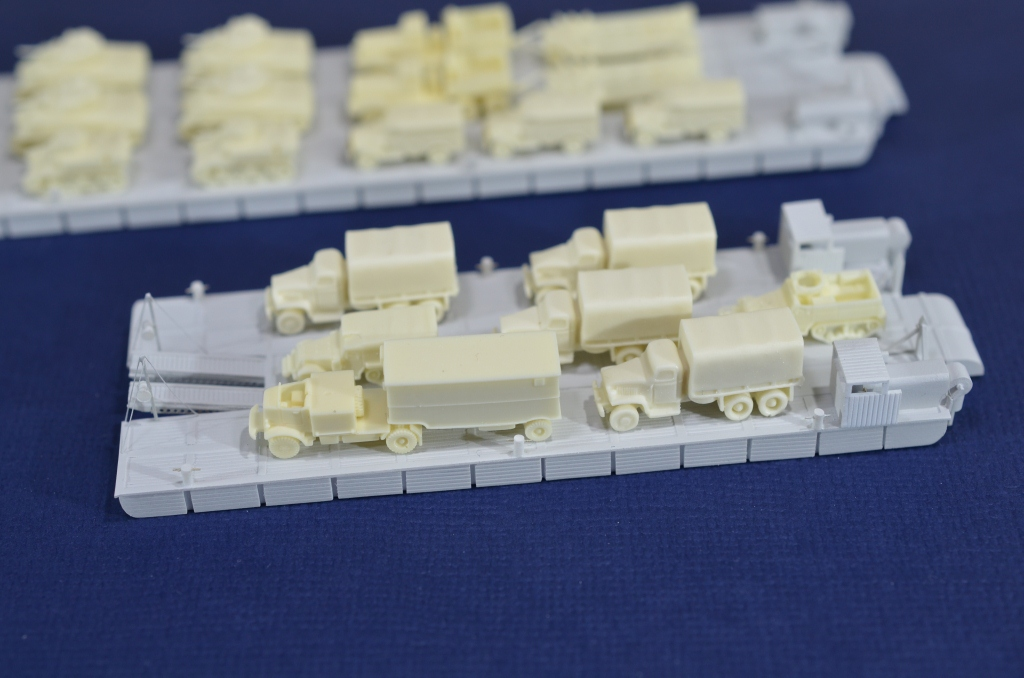 Port Artificiel MULBERRY au 1/350 - Page 3 Qtiu