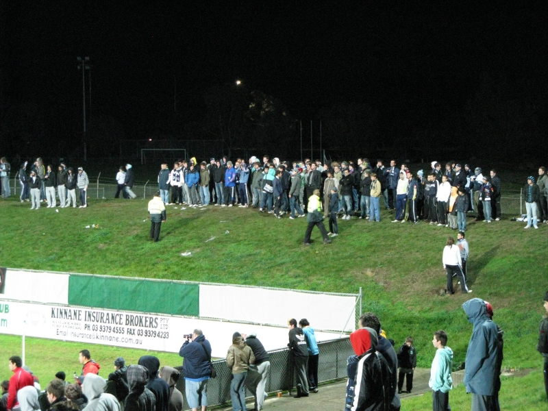 Matchs amicaux intersaison 2008/2009 - Page 9 11eb8