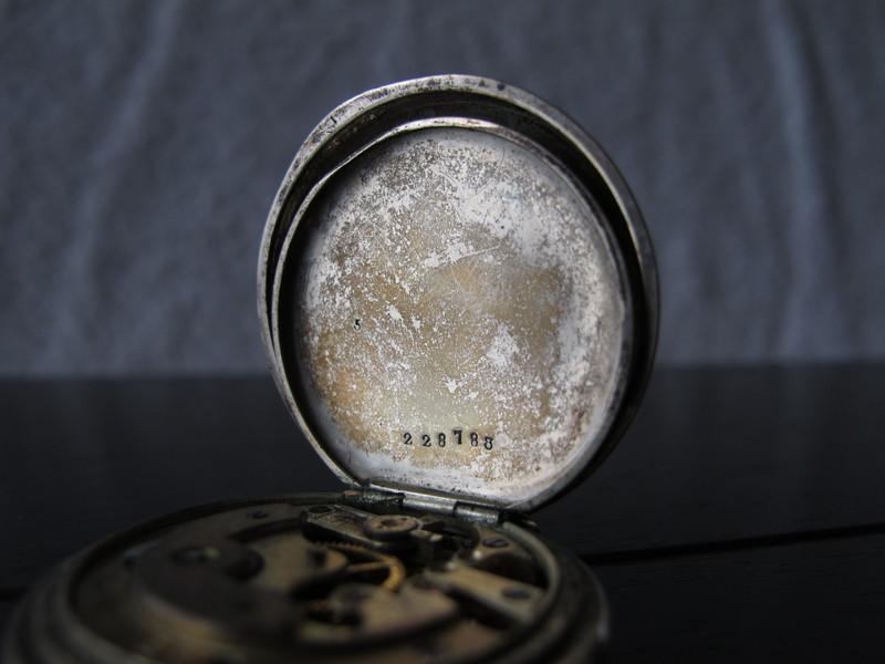 une tite vieille bien defraichie (longines inside) les photos. Img1527e