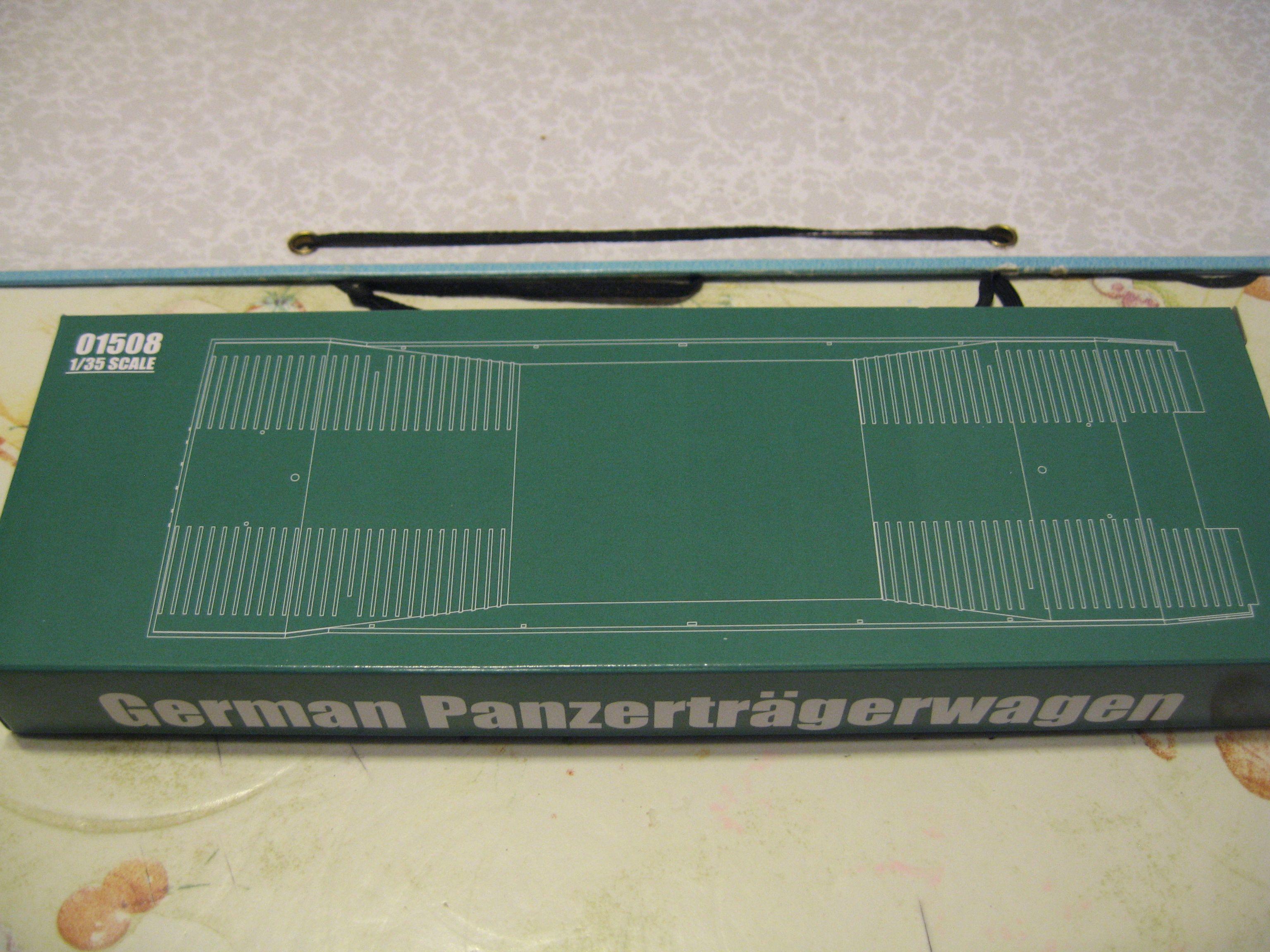 Review kit German Panzertragerwagen . 1/35 Trumpeter Img3700u