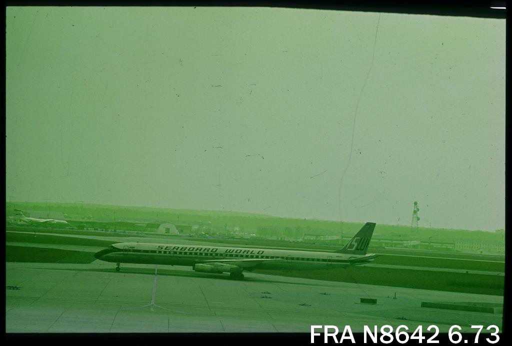 DC-8 in FRA - Page 4 Fran8642