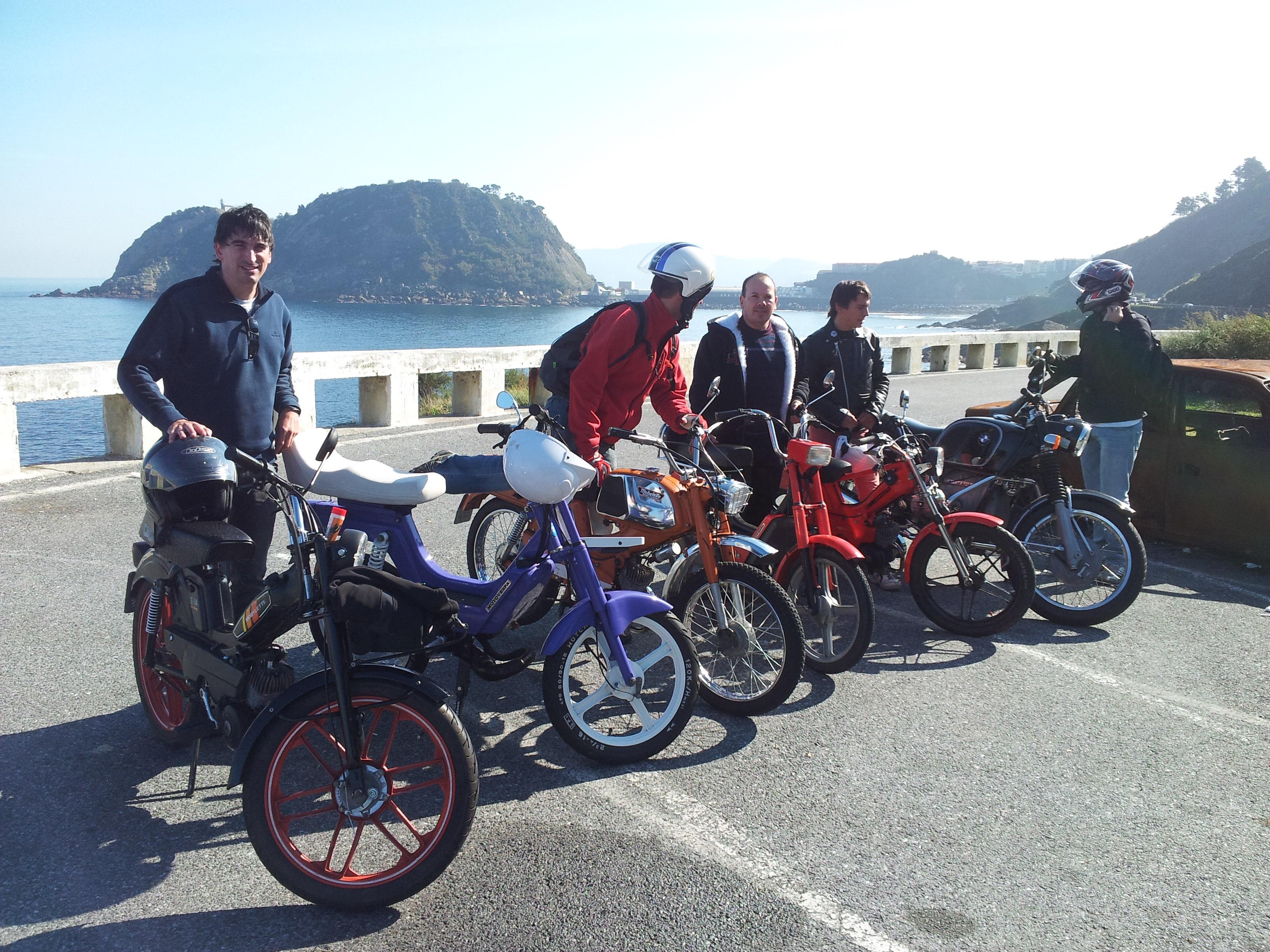 6º Salida Mobylettera desde San Sebastian (con fotos) - Página 2 20111015122429
