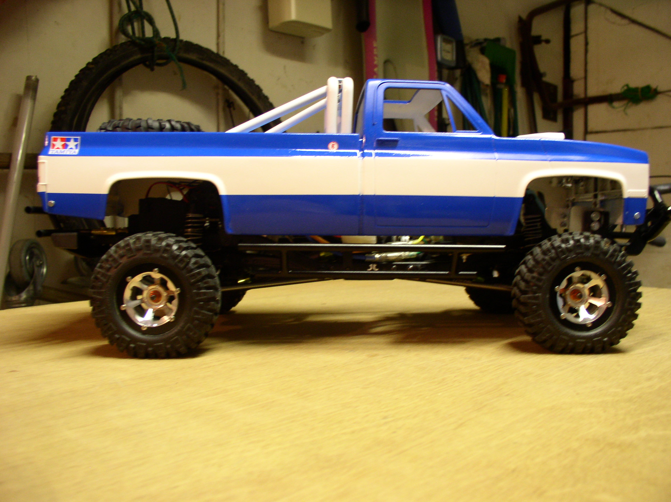 """[ SCX10 Axial ] CHEVROLET K5 Pick-up, benne rallongée.""""TERMINE"""" - Page 2 P1010062w"""