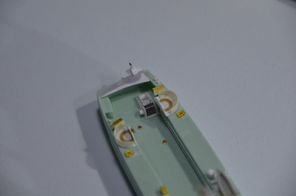 Port Artificiel MULBERRY au 1/350 - Page 3 4hej