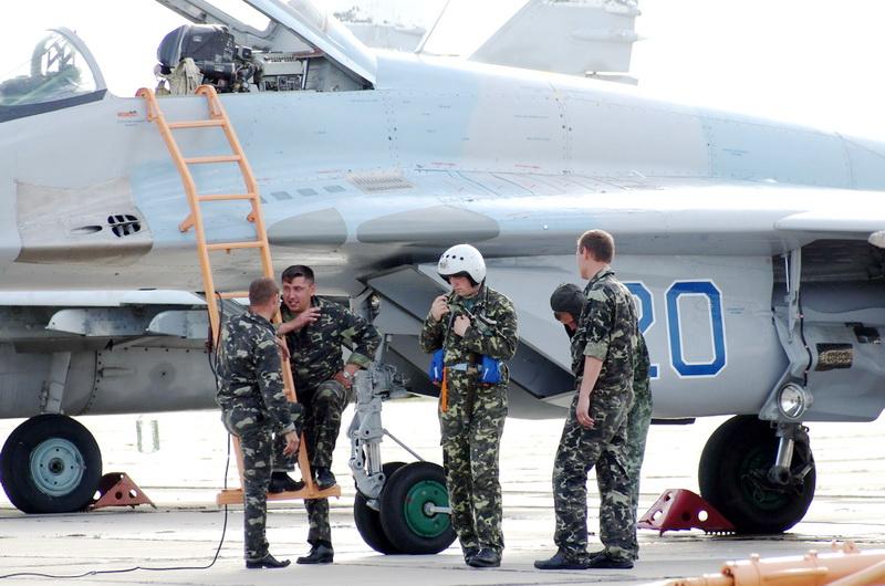 Ukrainian Armed Forces / Zbroyni Syly Ukrayiny - Page 2 20110610584825870923902