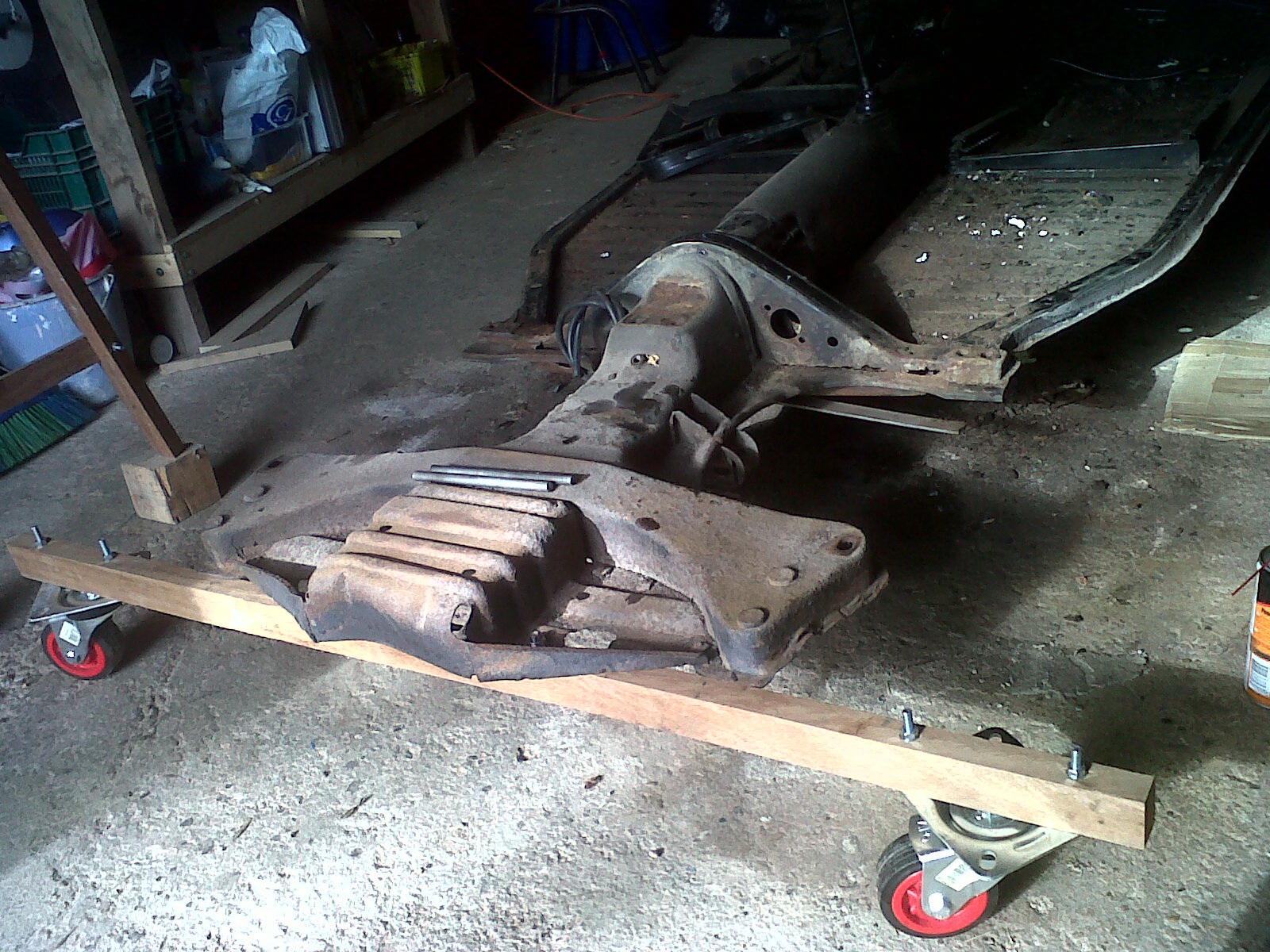 """preciso consejo.  Reparar  chasis """"con"""" o """"sin"""" carroceria... - Página 2 201201067"""