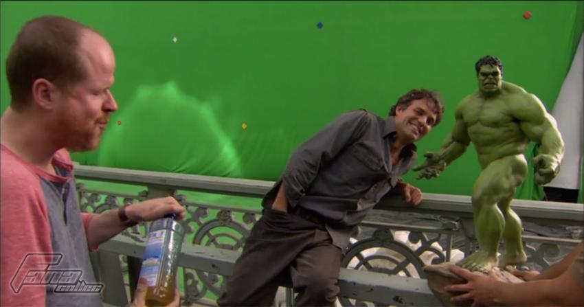 [Sideshow] Hulk Avengers Maquette Hulk2s