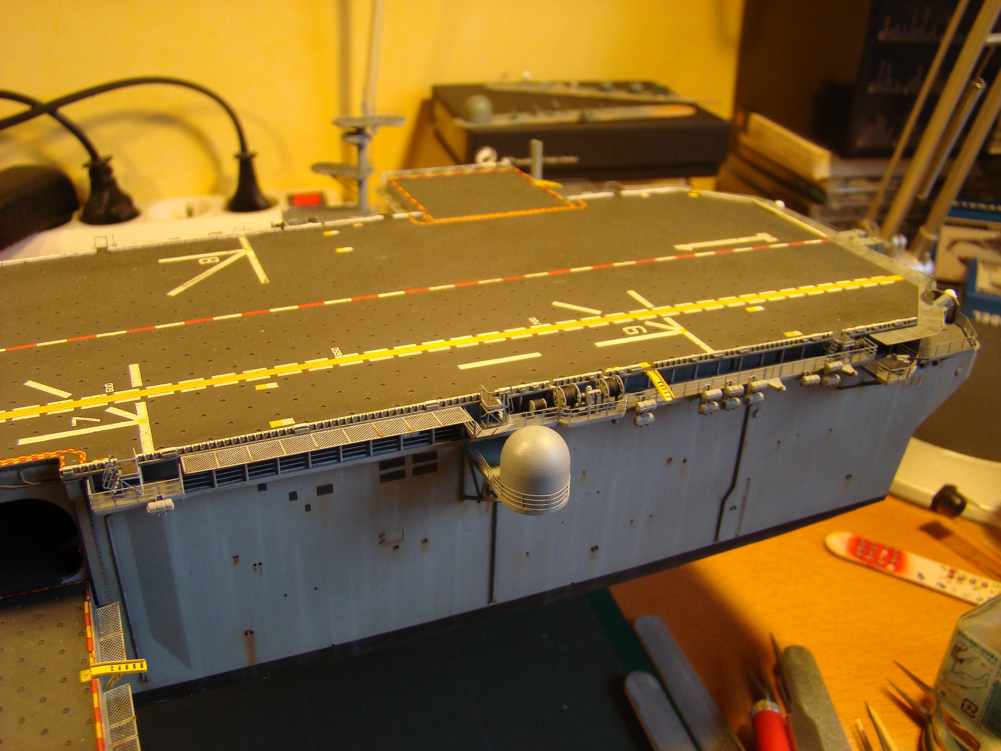 USS WASP LHD-1 au 1/350ème par nova73 - Page 7 Dsc09103c