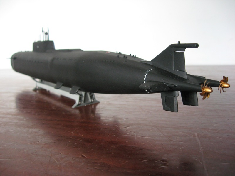 "Zvezda Sous-marin K-266 'Oriol"" au 1/350 - Page 2 Img4429sn"