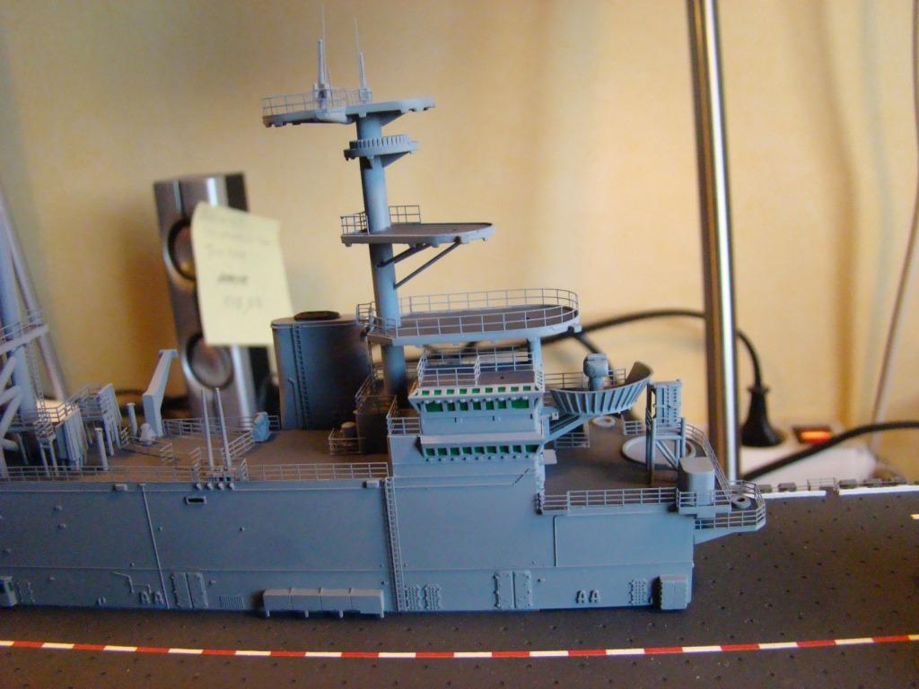 USS WASP LHD-1 au 1/350ème par nova73 - Page 6 Dsc09058bc