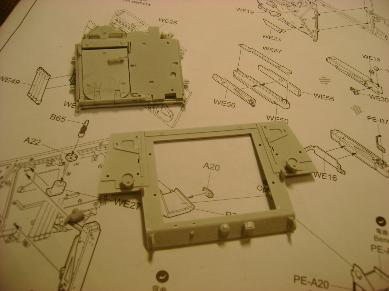 M1135 Stryker NBC RV 1/35 Trumpeter.... Terminé.... - Page 2 57252198