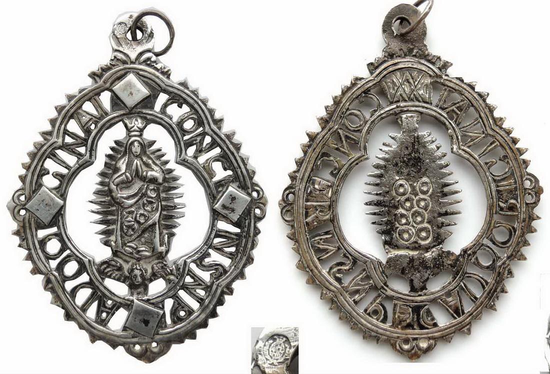 Medalla de ventana Inmaculada Concepción , S. XIX (R.M. PFV-Inmaculada 2) S65d